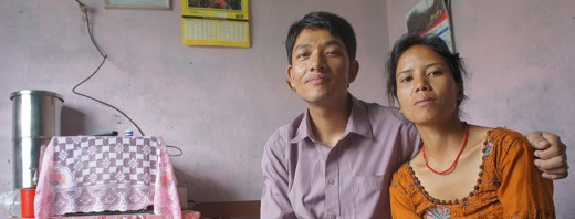 विवेक दोङ र उनकी पत्नी। फोटोः क्याम सिम्पसन/ब्लुमबर्ग