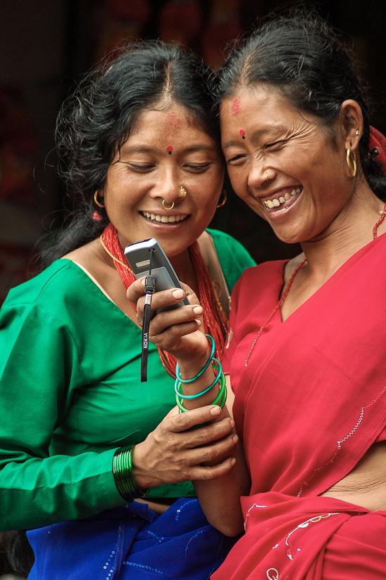 विजयले खिचेको यो फोटोले 'नेपाल स्माइल्स' श्रेणीतर्फ दोस्रो पुरस्कार जितेको छ।