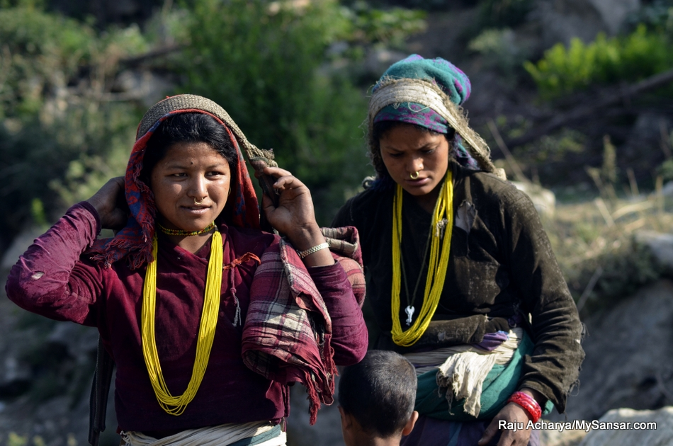 Humla-Women (5)